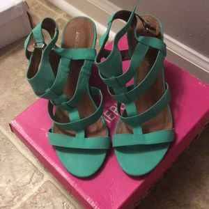 Multi strap wedge sandals